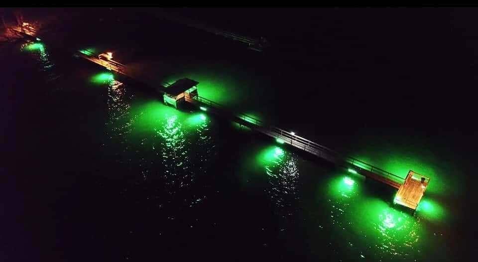 Beachcombers iluminada Dock Lona con 5 LED